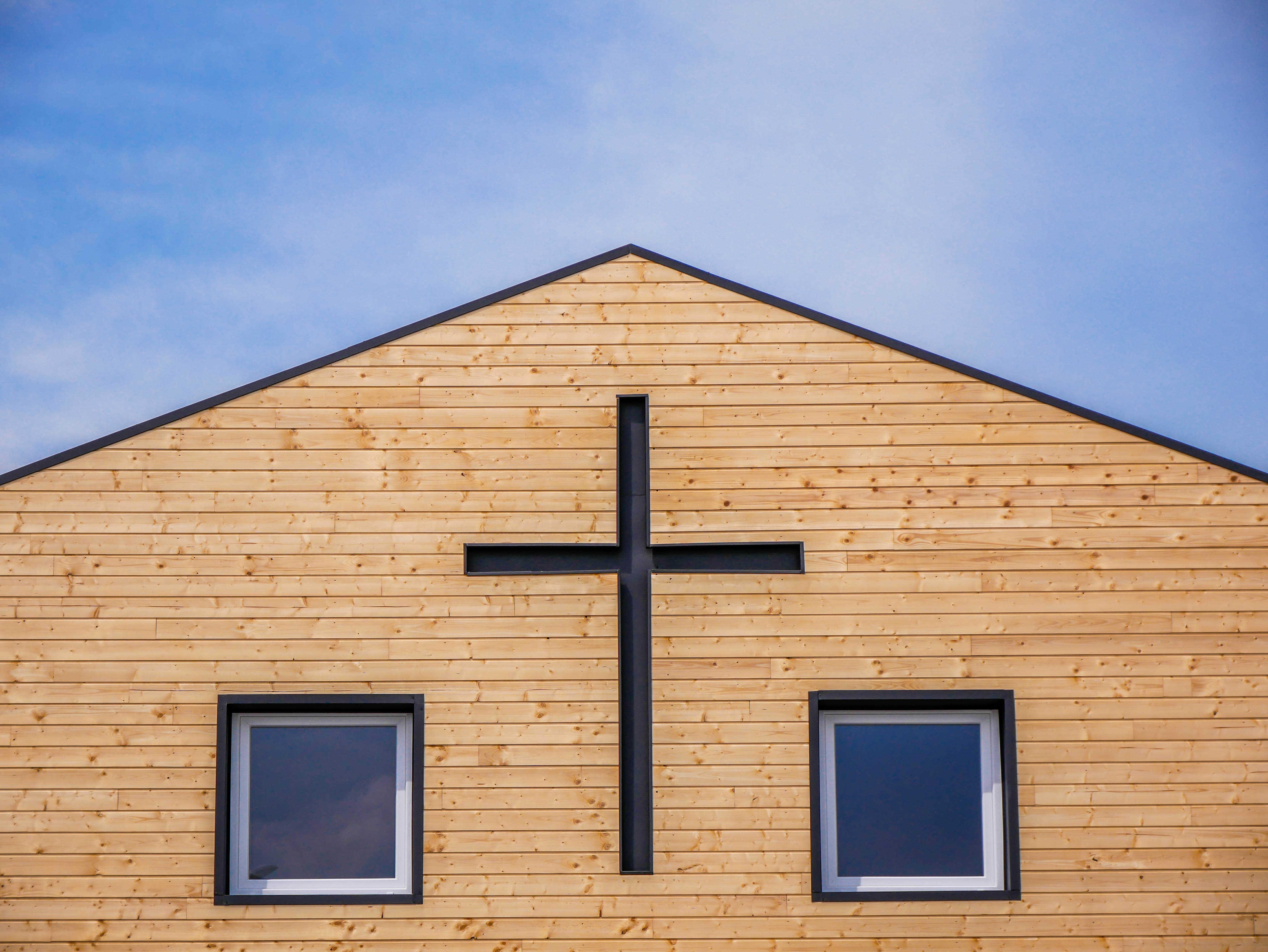 discover-ways-to-make-money-with-your-church-property