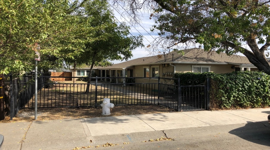 54 Alturas Ave, Pittsburg, California 94565, ,Multi-Family House,Sold,Alturas,1061