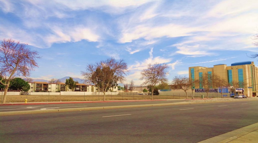 1425 E. Holt Ave, Pomona, California 91767, ,Vacant Land,Sold,E. Holt Ave,1064
